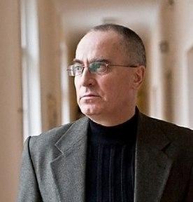 Світлої пам'яті професора Ушкалова
